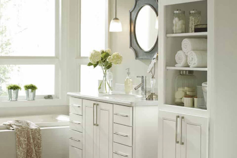 White bathroom vanities remain popular.